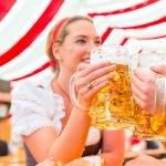 Oktoberfest-Preise: So viel kosten Eintritt, Hendl, Haxe und Bier in diesem Jahr